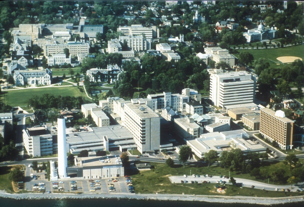 1989 KGH and campus
