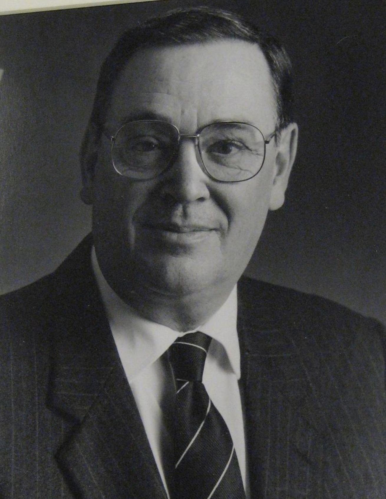 Robertson<br>1979-1986